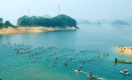 道观河风景区位于新洲区东20km,距武汉市区69km,东与黄冈接壤,北与