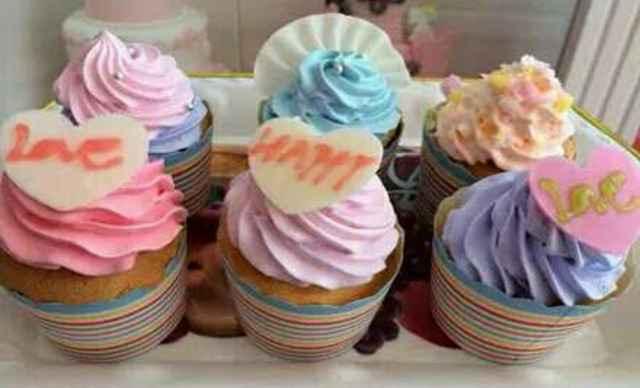 美食美客DIY手工坊纸杯蛋糕(6个)1次,提供免费WiFi-美食美客图片
