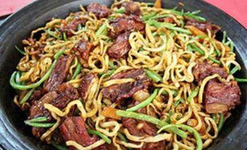 紫馨铁锅焖面烩菜-美团