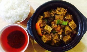 味之宝黄焖鸡米饭-美团