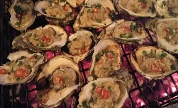 食聚鲜美食-美团