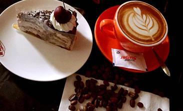 塞纳河畔咖啡厅-美团