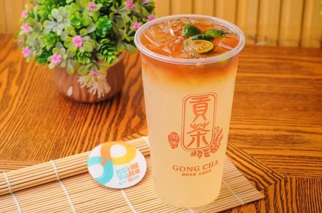 :长沙今日团购:【王府井/步步高】御质贡茶仅售9.9元!最高价值16元的饮品3选1,建议单人使用,提供免费WiFi。