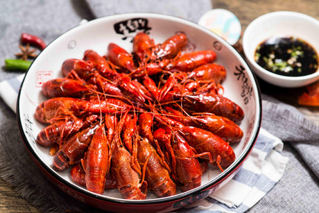 :长沙今日团购:【四方坪】巴布甘龙虾仅售12.9元!价值16元的香辣鸡爪1份,提供免费WiFi。