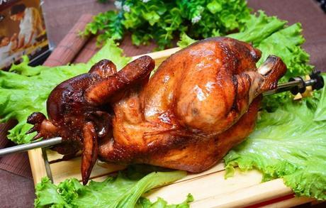 :长沙今日团购:【2店通用】火云庄烤全羊仅售38元!价值68元的烤鸡(整只)1份,提供免费WiFi,提供免费停车位。