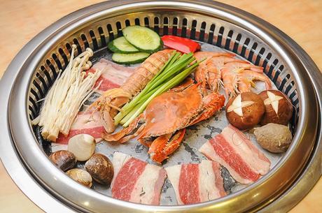 :长沙今日团购:【汽车西站】牛太郎自助烤肉海鲜火锅仅售63.9元!价值69元的自助海鲜烤肉火锅。