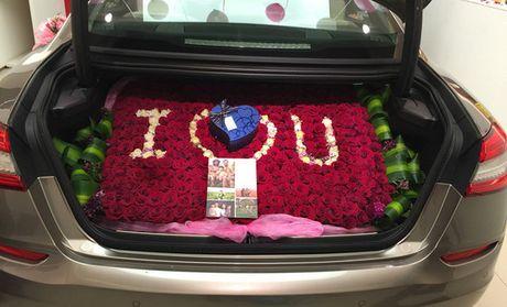 轿车后备箱鲜花!表白,生日,求婚,纪念日 首选,新款求婚利器.