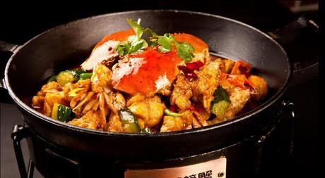 美团网:长沙今日团购:【易初莲花】腾飛的螃蟹仅售98元!最高价值146元的精品双人餐一份,提供免费WiFi。