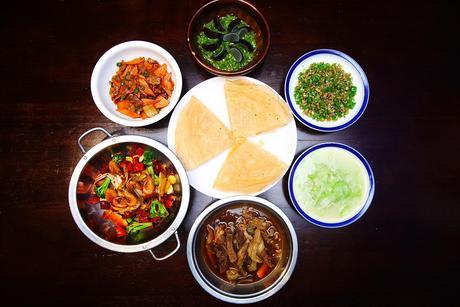 :长沙今日团购:【五一广场】香香妈妈仅售188元!最高价值274元的5-6人餐,提供免费WiFi。