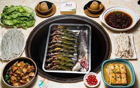 :长沙今日团购:【愚夫渔幸福渔村】精品美味鱼套餐,建议4-6人使用,提供免费WiFi