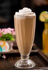 :长沙今日团购:【易初莲花】勺子甜品仅售7.8元!价值12元的红枣桂圆奶茶1份,提供免费WiFi,提供免费停车位。