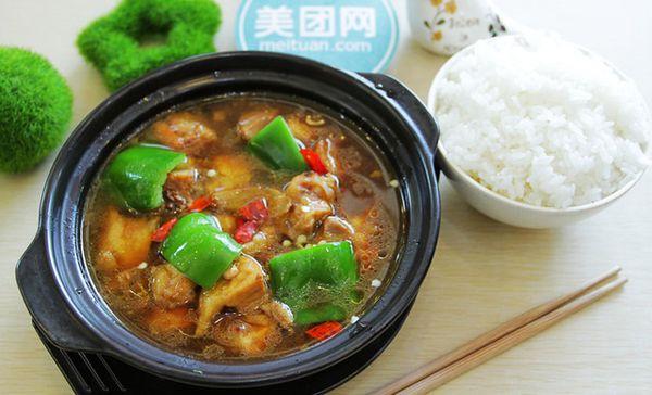 黄焖鸡米饭(马台街店)