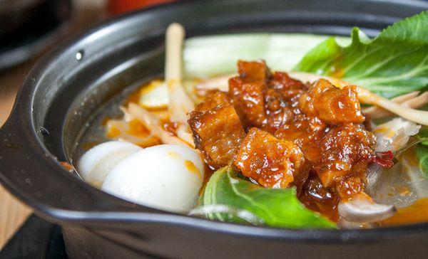 杨金虎黄焖鸡米饭