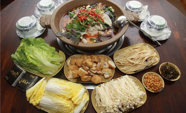 杨铭宇黄焖鸡米饭(济南路北店)