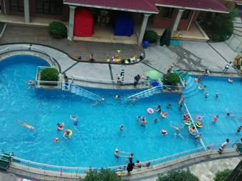 金树湾游泳池