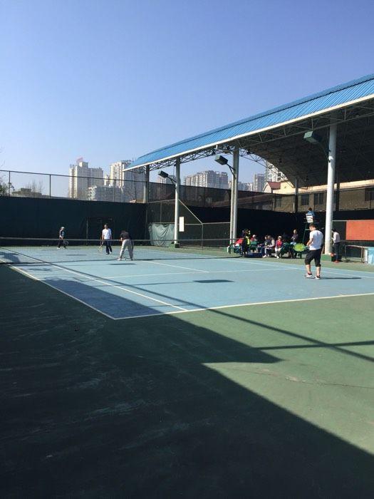 市青少年YY网球培训基地