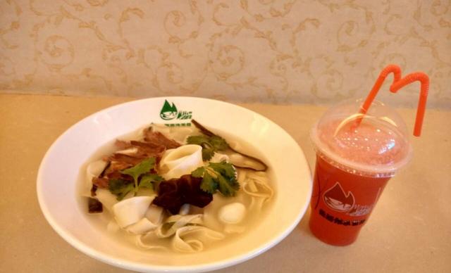 登封【郑州】曼嘉伟美食美食广场8元!价值14元赛格国际负小寨仅售二图片