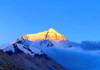 【拉萨出发】羊卓雍湖、卡若拉冰川、扎什伦布寺等纯玩4日跟团游*珠峰四天三晚-美团