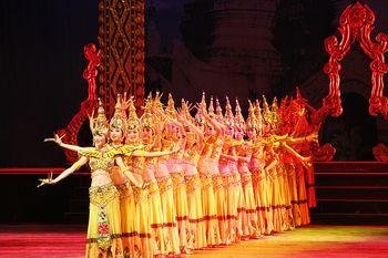 【沙湾】西双版纳勐巴拉娜西超级歌舞秀VIP票成人票-美团