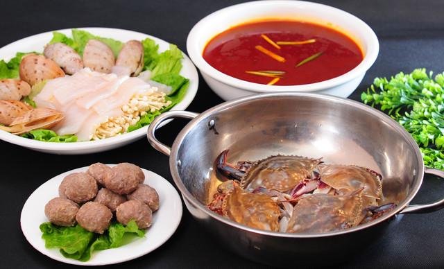 :长沙今日钱柜娱乐官网:【天水阁餐厅】创新湘菜4-6人,提供免费WiFi