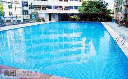 吉大华庭头山水华庭内神器水湾游泳池畅游1次减肚子和腰有啥山水图片