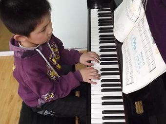 巴洛克钢琴艺术培训中心