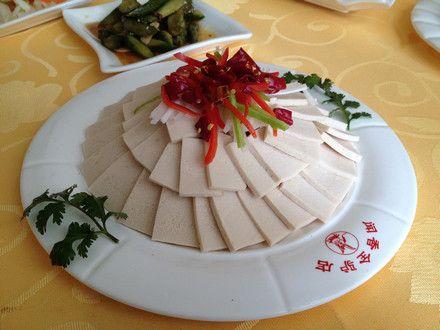 炒西兰花   千叶豆腐   葱油草鱼