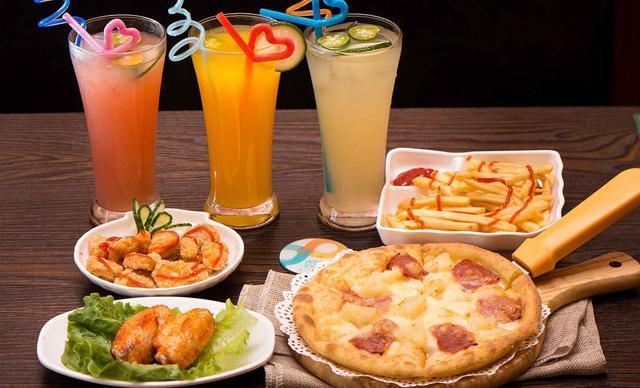 :长沙今日团购:【let's pizza】双人披萨套餐一份,提供免费WiFi