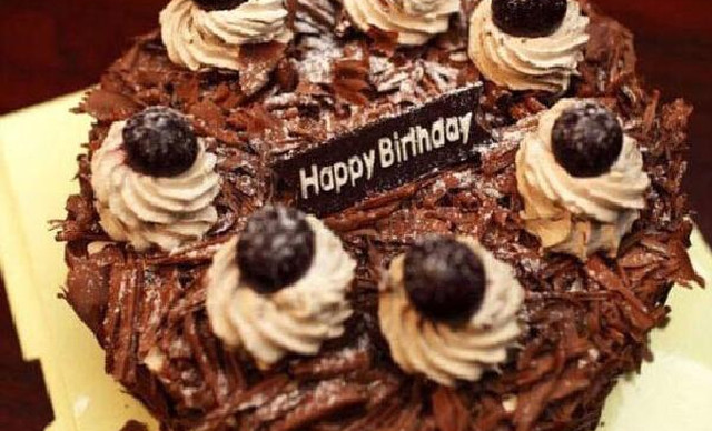:长沙今日团购:【澳麦多伦】巧克力蛋糕1个,约8英寸,圆