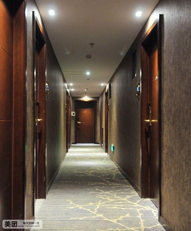 中型酒店运行组织结构图