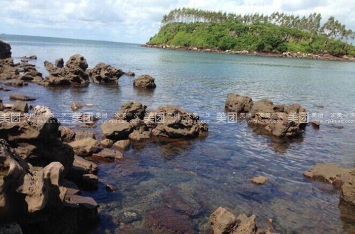 收网结束后,乘船前往美丽的珍珠岛,珍珠岛距离七彩贝丘湾景区约40