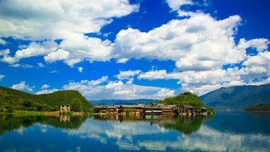 【丽江出发】泸沽湖、里格半岛、里务比岛纯玩2日跟团游*赠环湖、篝火、湖景房-美团
