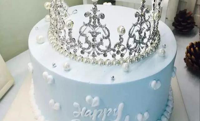 :长沙今日钱柜娱乐官网:【澳麦多伦】蛋糕1个,约8英寸,圆形
