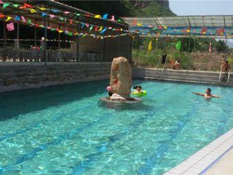 京娘湖温泉游泳乐园
