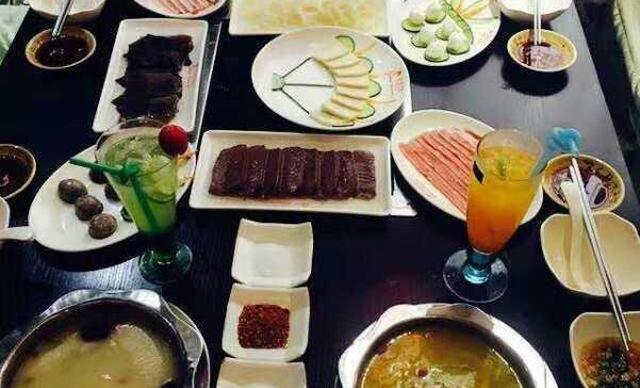 :长沙今日钱柜娱乐官网:【御厨传奇】6-8人餐,提供免费WiFi