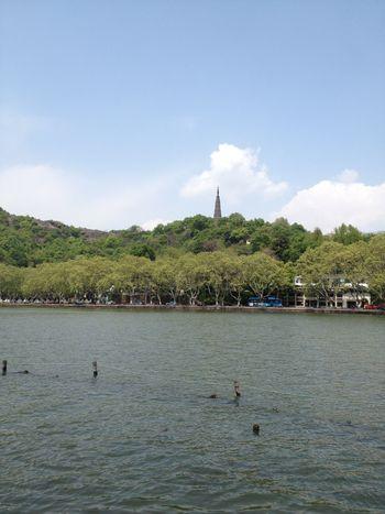 【杭州出发】西湖、乌镇景区、乌镇东栅等2日跟团游*杭州乌镇二日游-美团