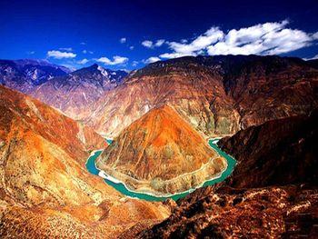 【拉萨出发】雅鲁藏布大峡谷、卡定沟、巴松措景区等纯玩3日跟团游*大美西藏林芝三日游-美团