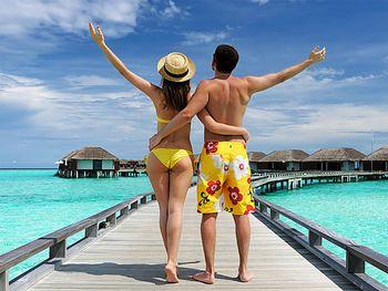 【三亚出发】蜈支洲岛、南山文化旅游区、南湾猴岛等4日跟团游*连住3晚海边酒店-美团