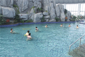 【惠民县】圣豪丽景温泉门票+自助午餐(成人票)-美团