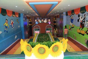 【洛溪】奇乐城堡儿童乐园-美团