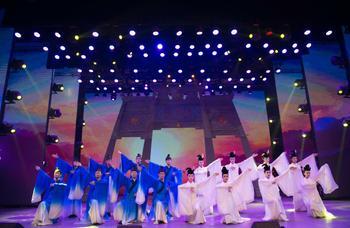 【中山亭/乐和城】琴岛演艺中心中厅A区或B区演出三人票-美团