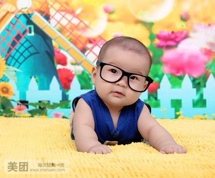 可爱多二楼,欢迎带你家宝宝到这里来挑选婴儿用品