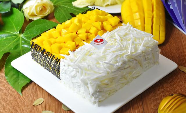 :长沙今日钱柜娱乐官网:【私人定制蛋糕】榴芒双拼蛋糕1个,约2磅,方