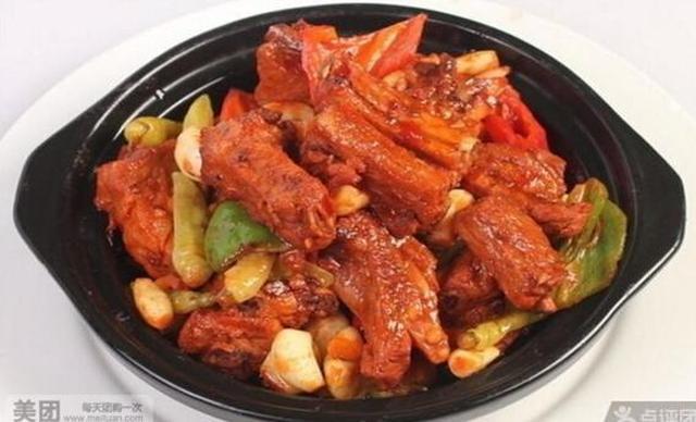 :长沙今日团购:【优米客黄焖鸡米饭】黄焖猪蹄/排骨饭2选1,建议单人使用