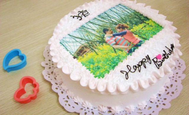 手绘婚纱照蛋糕