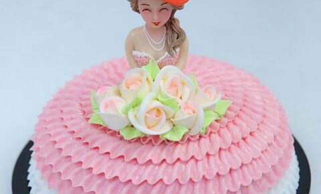 03 大同芭比娃娃生日蛋糕   双层芭比娃娃蛋糕1个,约8英寸,圆形 ¥图片
