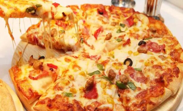 :长沙今日钱柜娱乐官网:【遇见披萨】特惠三人套餐,提供免费WiFi