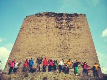 【北京出发】库布齐沙漠-银肯塔拉响沙、老牛湾纯玩4日跟团游*穿越沙漠-遗失的弓弦-美团
