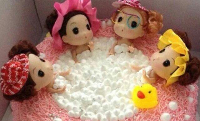 :长沙今日团购:【澳门饼庄】娃娃爱洗澡1,约10英寸,