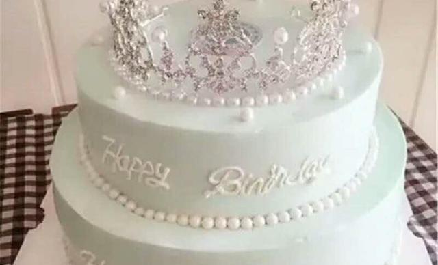 :长沙今日钱柜娱乐官网:【澳美西饼】10英寸双层创意蛋糕5选11个,约10英寸,圆形